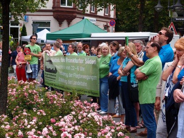Copyright Craftymemories.wordpress.com A peaceful protest